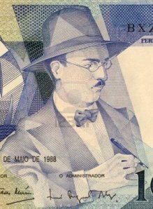 Fernando Pessoa on Portuguese currency